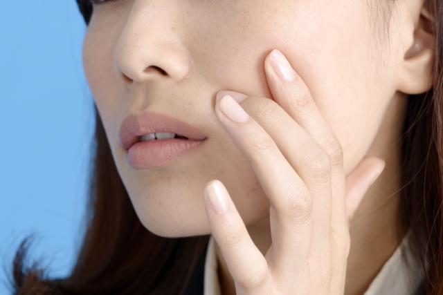 体の冷えは肌荒れに関係するのはなぜか